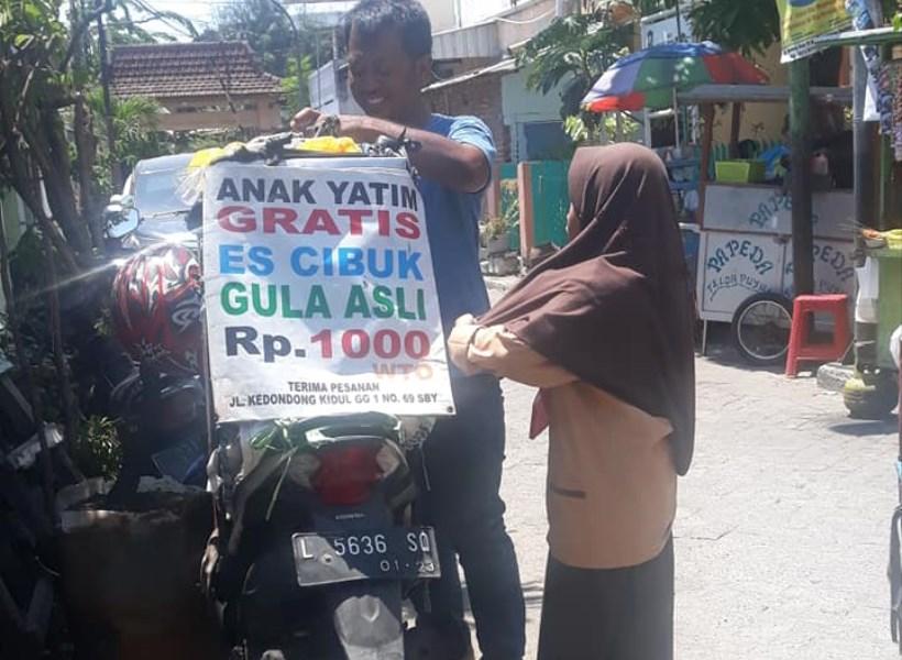 Penjual Baik Hati, Gratiskan Dagangan untuk Anak Yatim