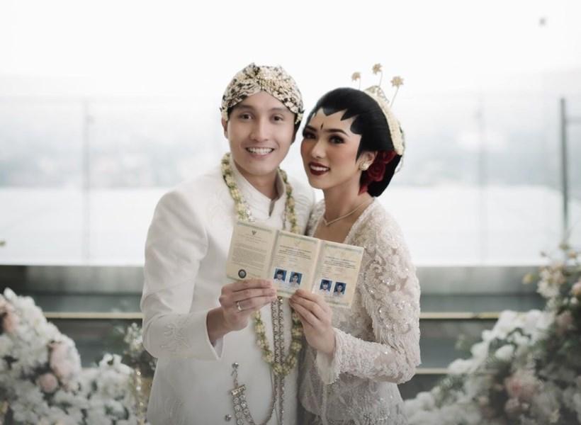 Isyana Cerita Momen Manisnya Dilamar Suami