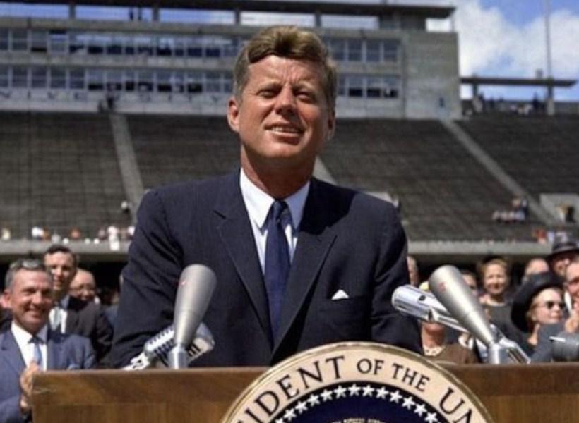 Mengenang 57 Tahun Kepergian Presiden Kennedy...