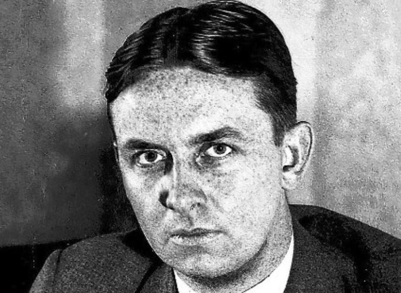 Kisah Eliot Ness, Sosok yang Memenjarakan Bos Mafia Al Capone