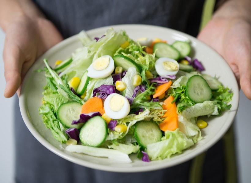 Penyuka Sayuran Mentah? Inilah Keberuntunganmu