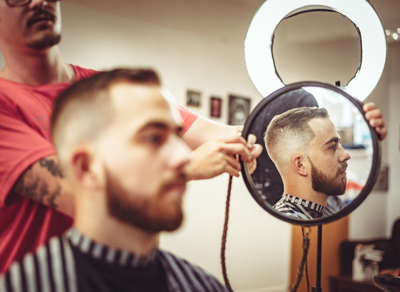 Hai Cowok, Ini Cara Praktis Merawat Rambut agar Tetap Sehat