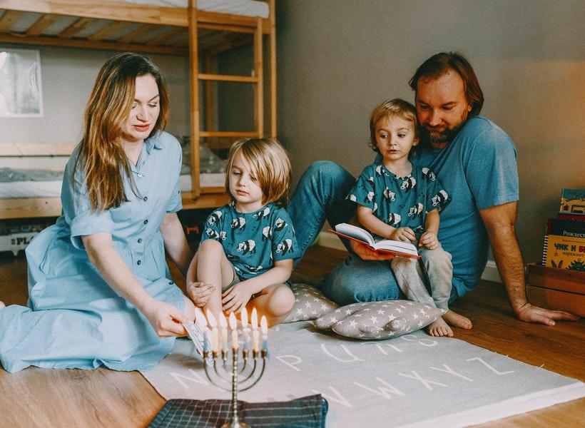 Beberapa Alasan Kenapa Suami Ingin Istri Gak Bekerja
