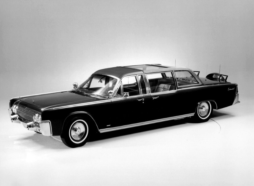 Mengenal Lincoln Continental X-100: Mobil Kepresidenan Bersejarah Amerika Serikat