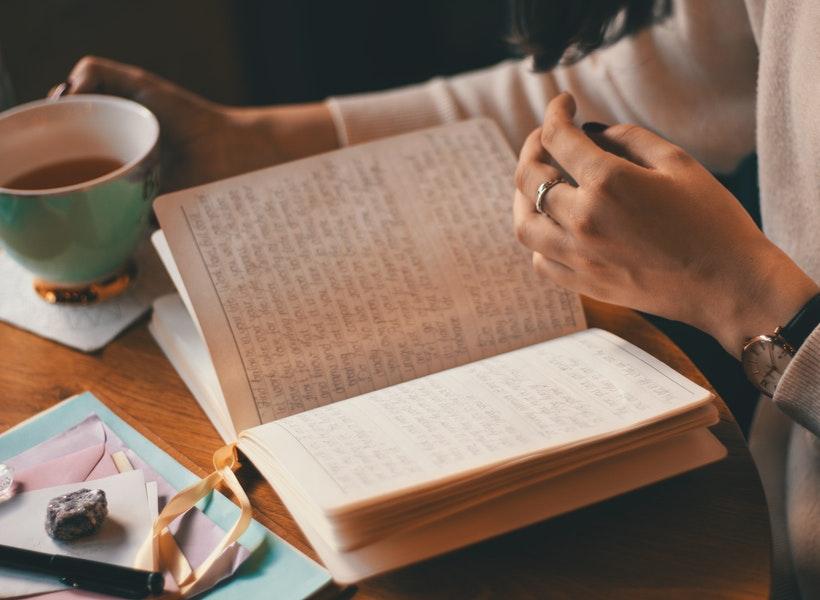 Jangan Anggap Lebay, Inilah Manfaat Penting Menulis Diary