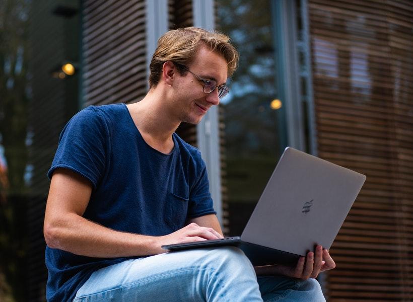 Gak Usah Beli Baru, Laptop Bisa Panjang Umur Berkat Ini