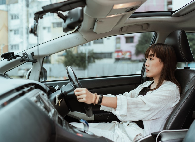 Kiat Jitu Menyetir Aman bagi Pemula, Selalu Berhati-hati
