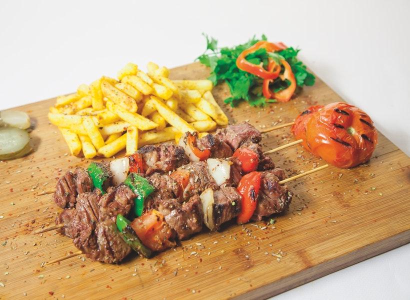 Hilangkan Bau Amis Daging Kurban Saat Dimasak