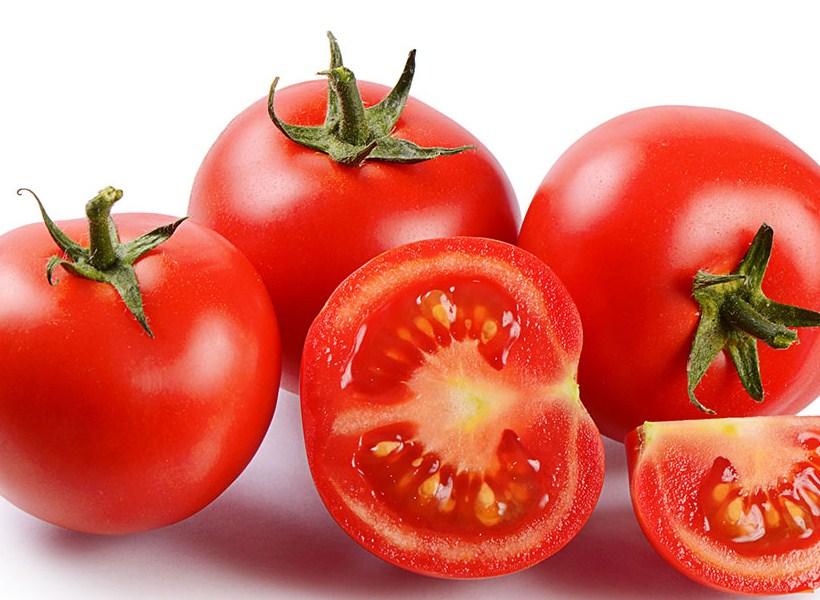 Manfaat di Balik Segarnya Buah Tomat