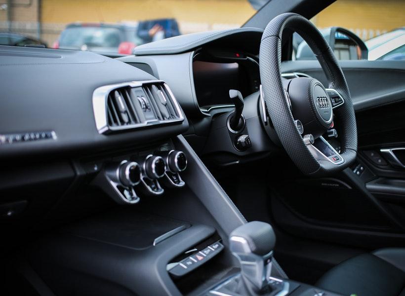 Lebih Pilih Mobil Transmisi Automatic? Ingat Hal Penting Ini!