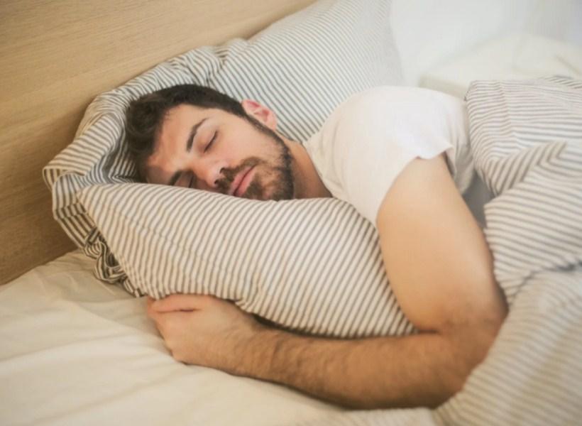 Sulit Tidur? Ikuti Tips Tidur Nyenyak Ini