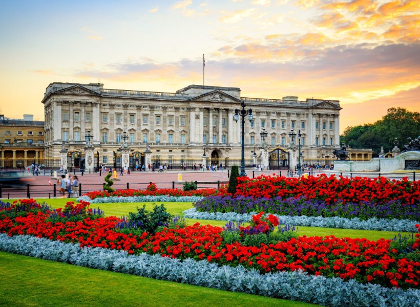 Fakta Istana Buckingham yang Mempesona
