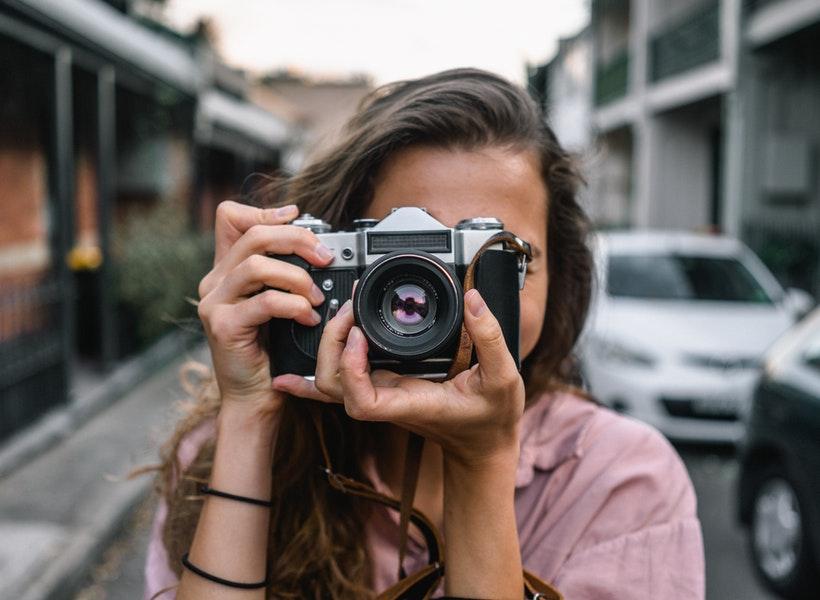 Alasan Street Photography Itu Dinamis dan Nagih