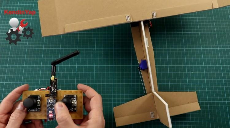 DIY Channel - Pesawat Remote dari Kardus