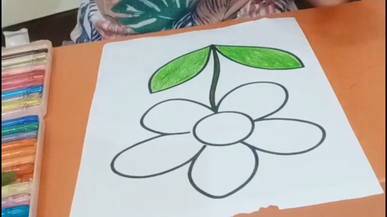 Ms. Lia Guru TK - Coloring The Picture of Flower