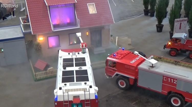 Gila Mainan - Kebakaran, Pemadam Tiba