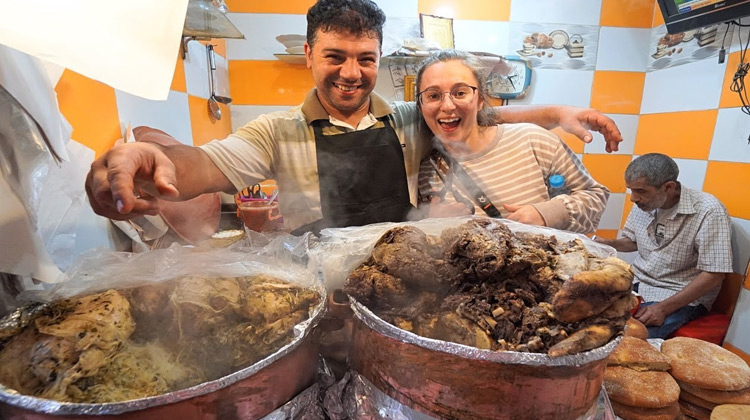 Kuliner Channel - Daging Onta Makanan Jalanan Halal Maroko | Luke Martin