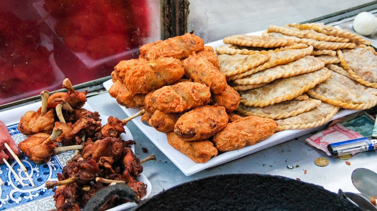 Kuliner Channel - Nepali Street Food - DEEP FRIED Snacks in Kathmandu, Nepal
