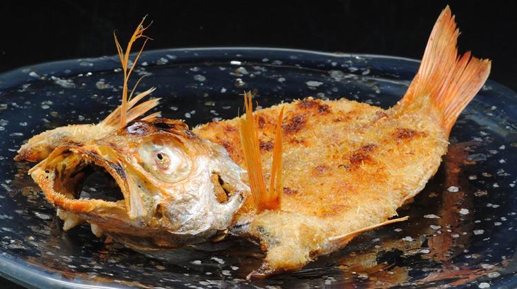 "Kuliner Channel - Kuliner Jepang - Ikan Goreng ""Ryugin Ryuri""."