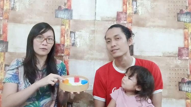Ms. Lia Guru TK - Learn Colors with Blocks - Belajar Warna Menggunakan Balok