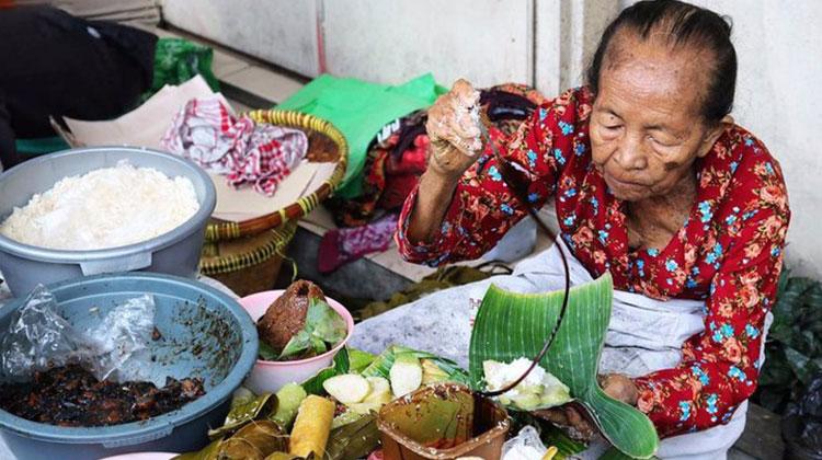 Infodio - 5 Tempat Wisata Kuliner Legendaris Di Yogyakarta