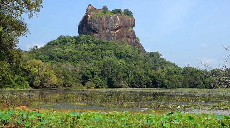Traveling World - Menelusuri Situs Bersejarah di Sri Lanka