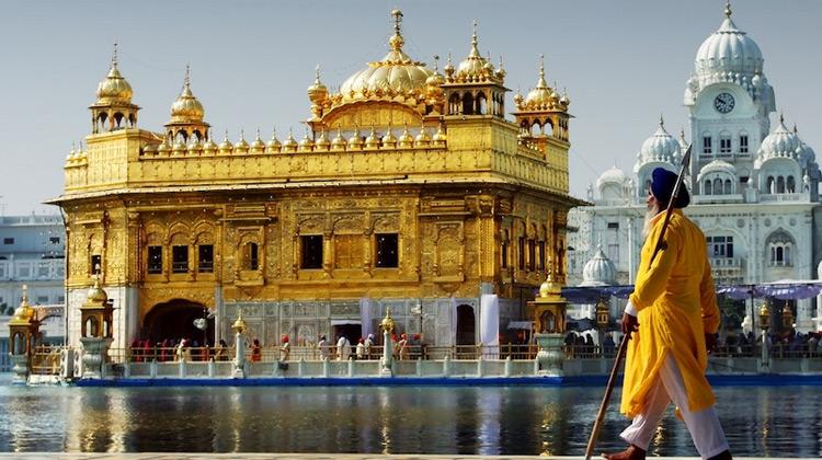 Traveling World - 10 Tempat Terbaik Untuk Dikunjungi di India