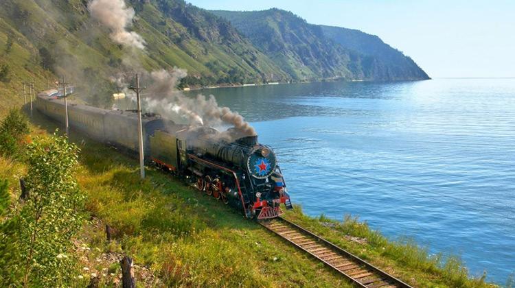 Traveling World - Menikmati Keindahan Kota Siberia Moskow,Ulaanbaatar & Beijing dari Udara