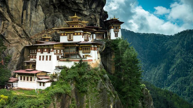 Traveling World - Panduan Perjalanan ke Bhutan