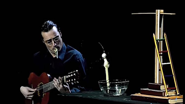 Show Moment - The little foam man - Jordi Bertran - THE WORLD'S BIG CABARET