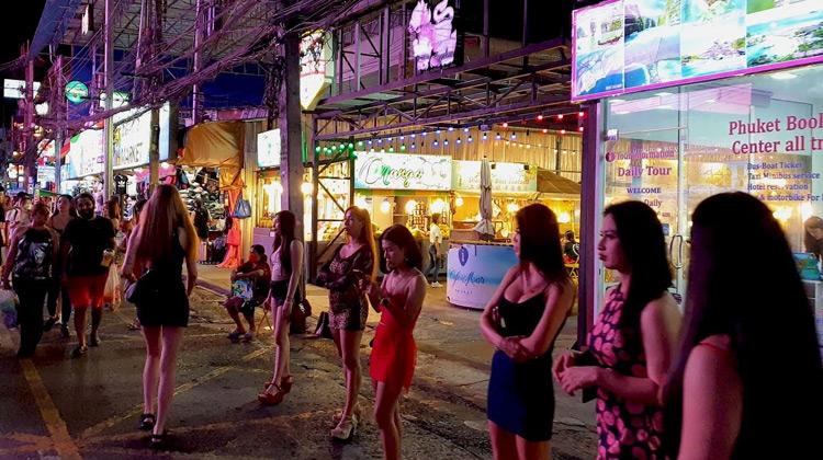 Traveling World - Walking Tour - Bangla Road Thailand