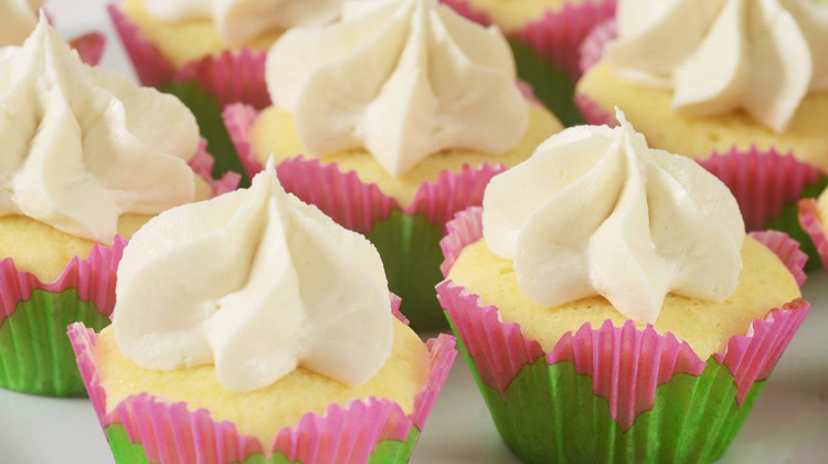 Kuliner Channel - 5 Minute Mini Cupcakes Making Recipe