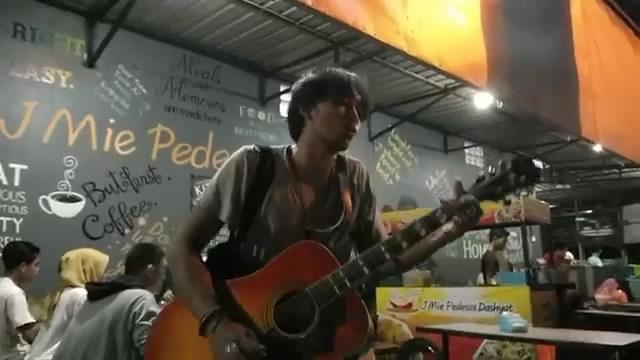 Putrayasa - Keren Musisi Jalanan Lombok Cover Cappucino - Pacar Rahasia