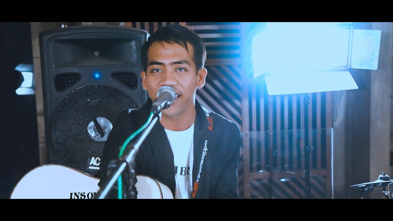 Putrayasa - NOVEMBRIL - HANYA KAMU (Official Music Video) || Karya Anak Lombok