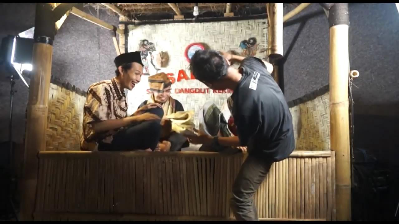 Putrayasa - Pantun Sasak Paling Lucu dan Menggila Wkwkwkwkwkw  || Karya Anak Lombok