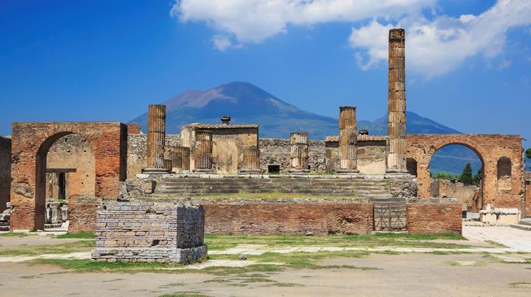 Traveling World - Pompeii Walking Tour Italia