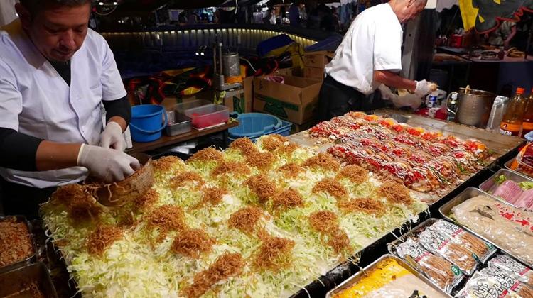 Kuliner Channel - Okonomiyaki - Street Food Japan