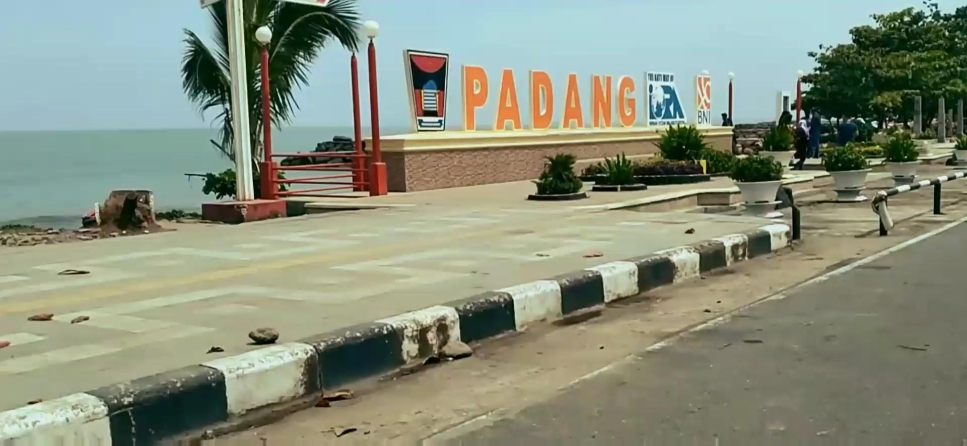 Elegan studio - Tugu Iora Pantai Padang
