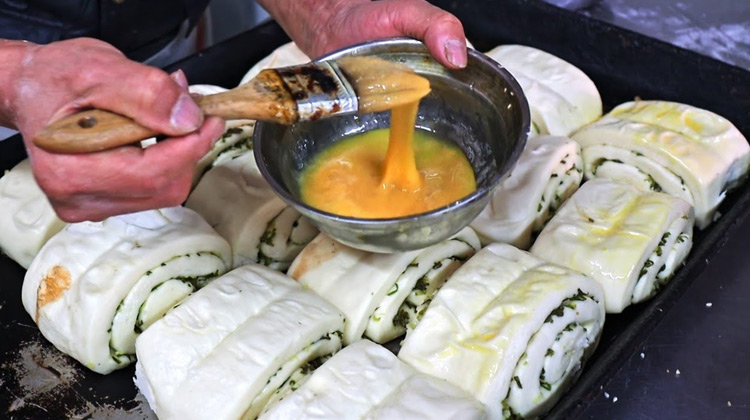Taiwanese Traditional Pastry Making Master