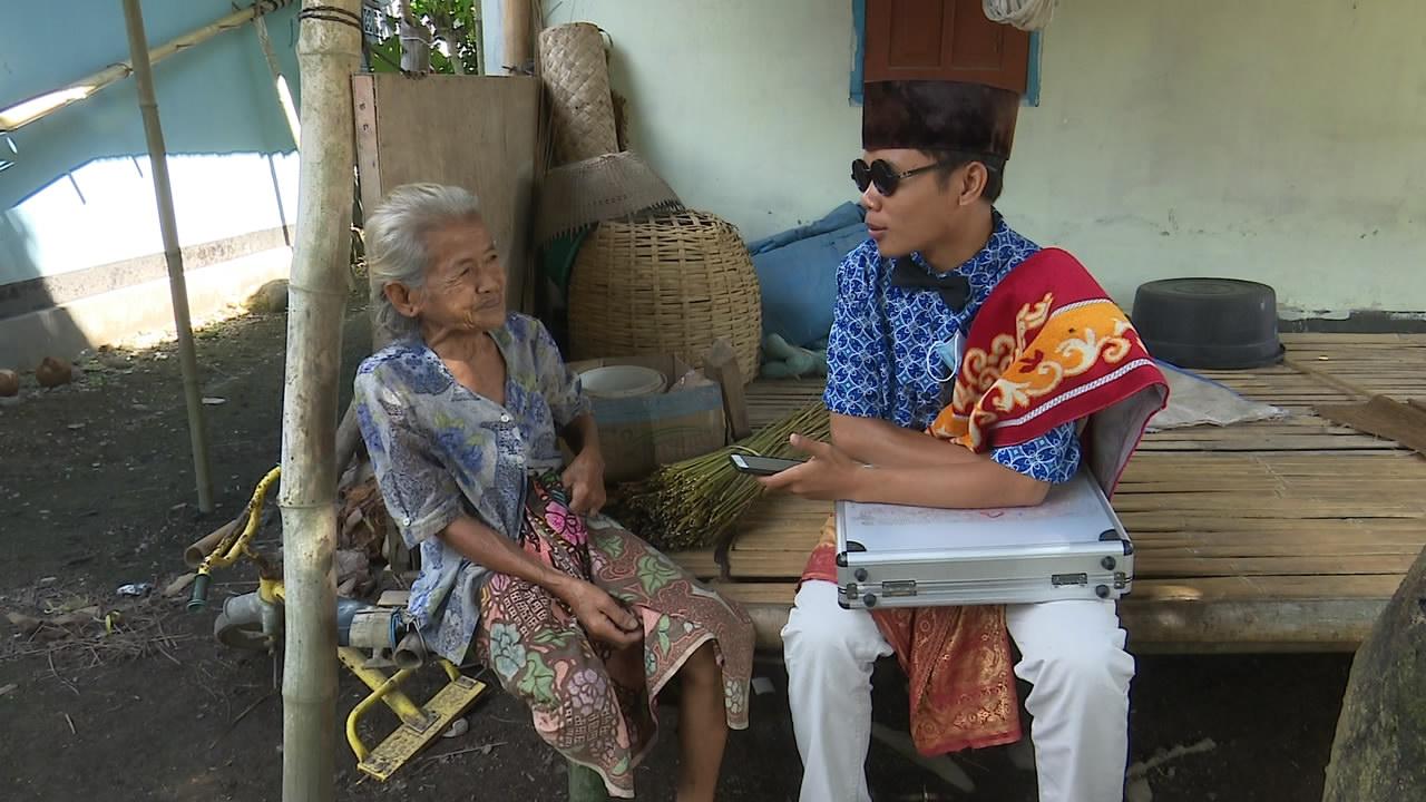 Putrayasa - Papuq Kesah Pembuat Sapu Lidi || Tuaq Tilas 2021 Program Berbagi Bulan Ramadhan Di Lombok (Banyu Urip, Kecamatan Gerung)