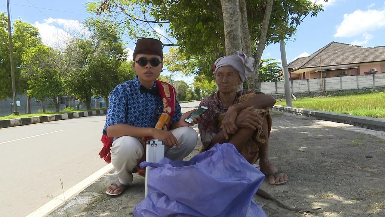 Putrayasa - Papuq Senum (Pemulung Tua Di Kota Mataram) || Tuaq Tilas 2021 Program Berbagi Bulan Ramadhan Di Lombok (Jalan Lingkar - Mataram)
