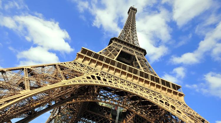 Traveling World - Eiffel Tower Paris, Elevator Ride Top Floor