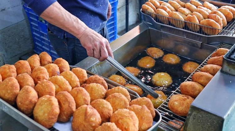 Kuliner Channel -  Fried Buns | Taiwanese Street Food