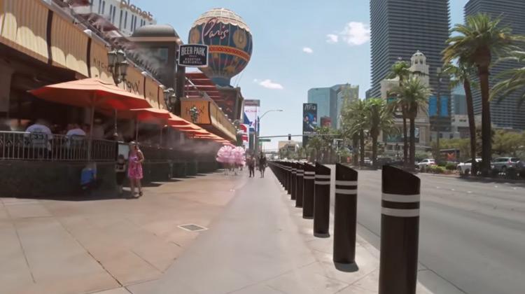 Traveling World - Las Vegas Strip   Walking Tour