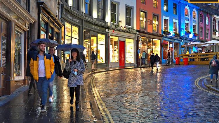 Traveling World - Edinburgh Walking Tour