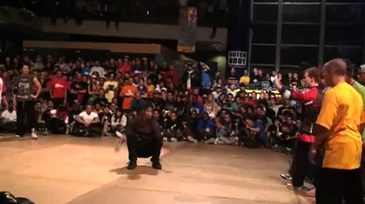 Show Moment - Breakdance Top 14 Suicide Moves 2019