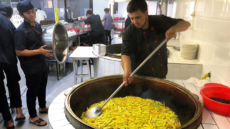 Kuliner Channel - Hidangan Pilaf Khas Uzbekistan