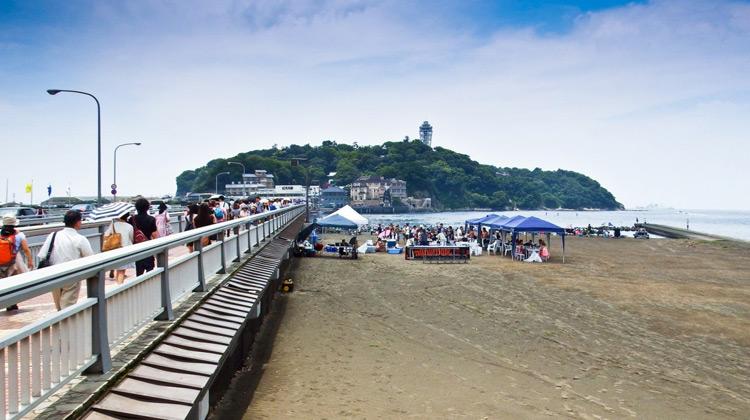 Traveling World - Jalan - jalan ke Pantai Enoshima, Jepang