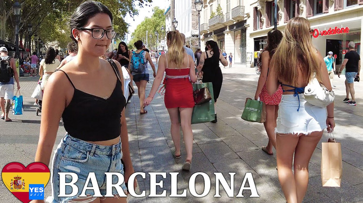Traveling World - DOWNTOWN DISTRICT BARCELONA SPAIN 2021